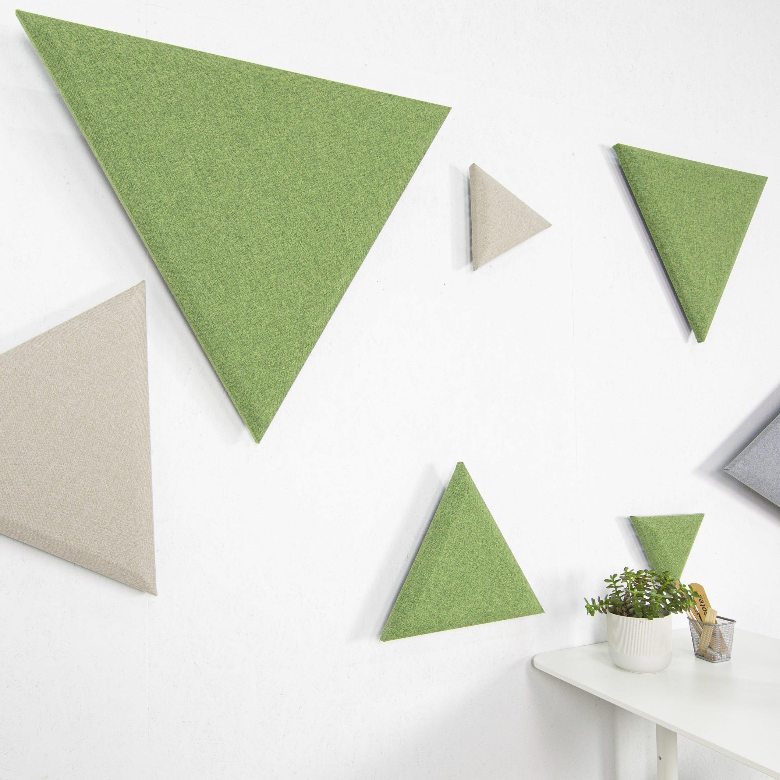 Mosaico de paneles triangulares